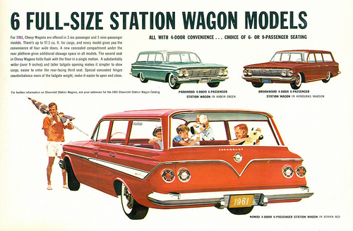 1961 Chevrolet station wagons 3