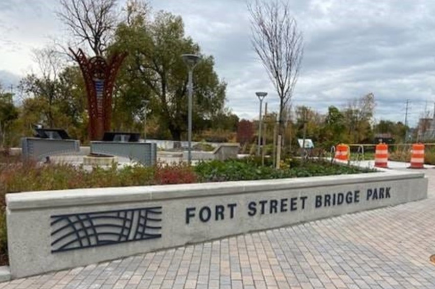 Fort Street Bridge Park entry wall