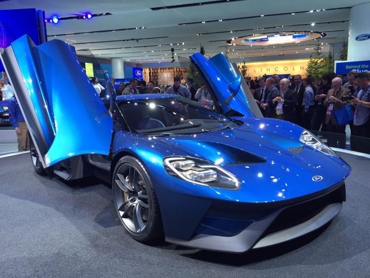 Ford GT display WallStreetEdge.com 7
