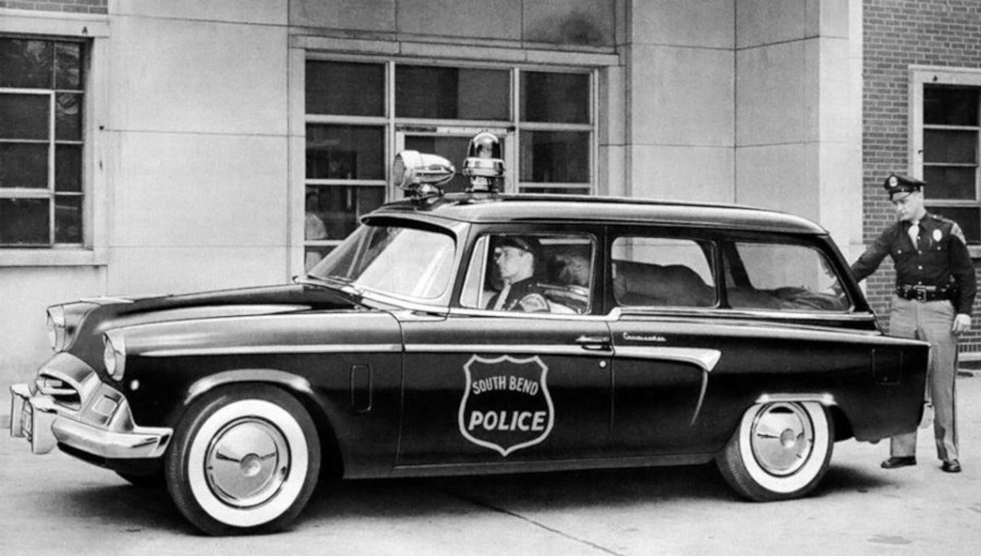 A 1956 Studebaker South Bend IN police wagon RESIZED 6