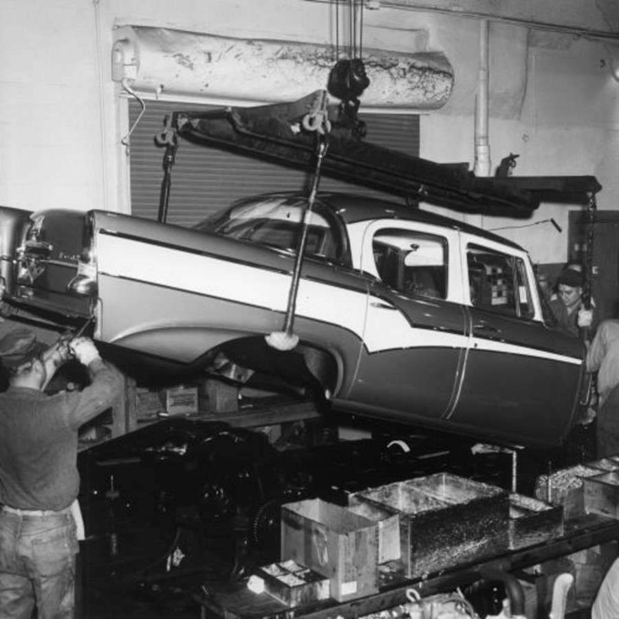 The assembly line for the 1956 Studebaker models RESIZED 7