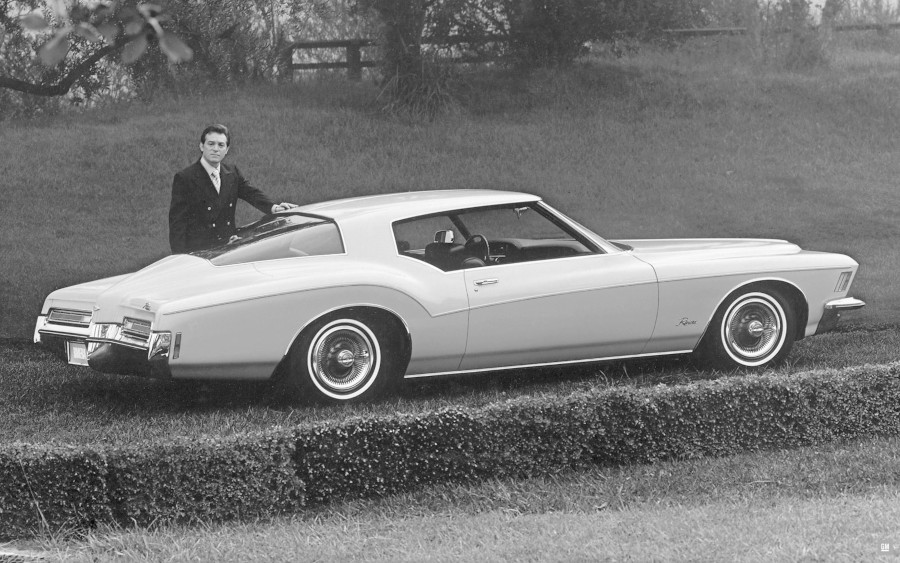 1971 Buick Riviera GM Media Archives RESIZED 4