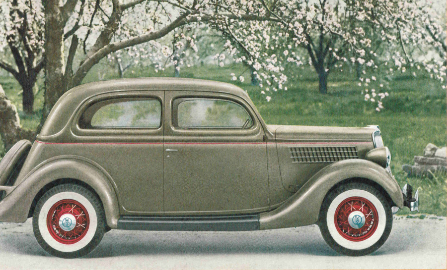RESIZED 1935 Ford Sedan