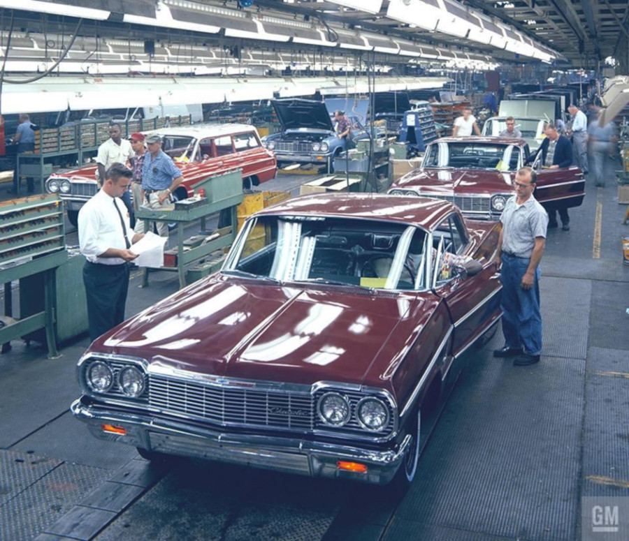 1964 Chevrolet assembly line GM Media Archives RESIZED 8