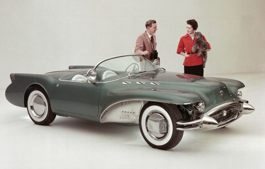 1954 Buick Wildcat II show car GM Archives RESIZED 3