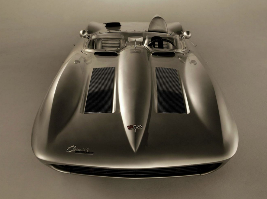 1959 Sting Ray race car rear view GM Archives RESIZED